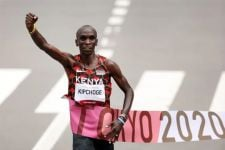 Belum Ada yang Bisa Mengalahkan Eliud Kipchoge di Nomor Lari 42,195 Km - JPNN.com