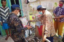 Gagalkan Aksi Begal di Bekasi, Pedagang Mainan Ini Kebanjiran Hadiah - JPNN.com