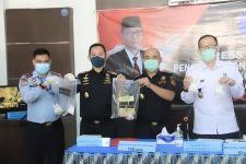 Bea Cukai Makassar dan BNN Provinsi Sulawesi Selatan Menggagalkan Peredaran Narkoba - JPNN.com