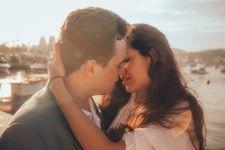 Ingin Ahli Mencium Kekasih, Lakukan 6 Trik Jitu Ini - JPNN.com