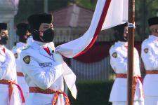 Putri dari Jawa Barat Akan Turunkan Bendera Merah Putih - JPNN.com