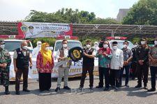 PT PON Menyerahkan Bantuan Senilai Rp 6,8 Miliar untuk Penanganan Covid-19 di Gresik - JPNN.com