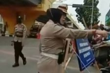 Sesama Polisi Cekcok di Pos Penyekatan PPKM, Polda Riau Beri Penjelasan Begini - JPNN.com