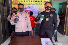 Sering Berbuat Tak Terpuji di Rumah, Mbak MH Pasrah saat Dijemput Polisi - JPNN.com