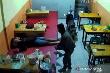 Ada yang Kenal dengan Pencuri Ini, Aksinya Terekam CCTV dan Viral, Lihat! - JPNN.com
