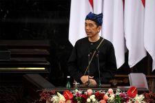 Lihat, Jokowi Pamer Wajah Baru Jalan Tol Sumatera Sejauh 1.884 Kilometer - JPNN.com