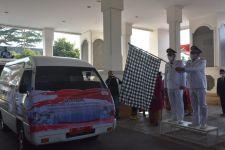 Korpri Sumedang Salurkan Bantuan 8 Ribu Paket Sembako untuk Warga Terdampak Covid-19 - JPNN.com
