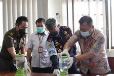Sinergi Bea Cukai dan BNNP Kalimantan Selatan Musnahkan Ratusan Gram Narkotika - JPNN.com