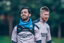 Gelandang Top Manchester City Merengek Minta Hengkang - JPNN.com