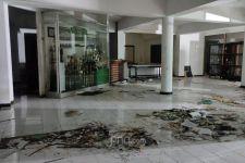 Mes Persebaya Porak-Poranda, Berikut Barang-Barang yang Diduga Dicuri - JPNN.com Jatim