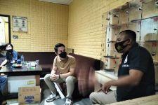 Artis Fahri Azmi Ditipu Oknum yang Mengaku Utusan Jokowi - JPNN.com