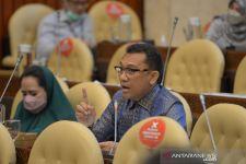 KLHK Diminta Tak Membabat Hutan Lindung Bowosie - JPNN.com