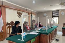 Hakim PN Denpasar Tolak Eksepsi Zaenal Tayeb, Minta Jaksa Segera Hadirkan Saksi - JPNN.com Bali