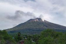 Gunung Ili Lewotolo Lembata NTT Erupsi, Terdengar 27 Kali Letusan - JPNN.com Bali
