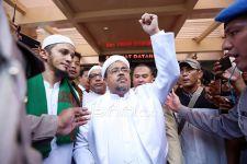 Novel Bamukmin Tuding Hakim Bermain Politik dalam Perkara Habib Rizieq - JPNN.com