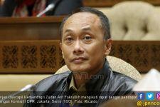 Respons Dirjen Dukcapil soal Sertifikat Vaksin Presiden Jokowi Viral di Medsos - JPNN.com