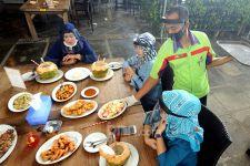 Mulai 26 Juli: Makan di Warung dan Restoran Boleh, Maksimal 20 Menit - JPNN.com Jatim