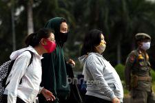 Masker Scuba Tak Efektif Cegah Covid-19, Begini Penjelasan Dokter - JPNN.com