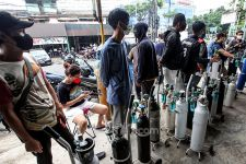 Kelangkaan Tabung Oksigen Bikin Warga Surabaya Menjerit, Ini Sikap DPRD - JPNN.com Jatim