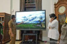Tri Rismaharini Awasi Aktivitas Erupsi Gunung Semeru - JPNN.com Jatim