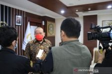 Jokowi Siapkan Subsidi Upah Rp 1 Juta, La Nyalla: Memang Harus - JPNN.com Jatim