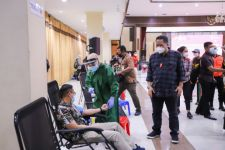 Dua Ratus ASN Surabaya Mengikuti Skrining Donor Plasma - JPNN.com Jatim