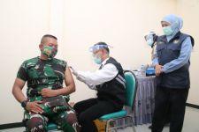 Gubernur Jatim Yakin Proses Vaksinasi Selesai dalam Setahun - JPNN.com Jatim