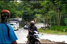 Jalan Penghubung Ponorogo-Pacitan Mengalami Ambles - JPNN.com Jatim