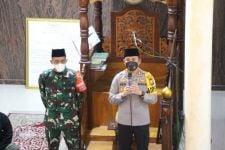 Polisi dan TNI di Kediri Disebar ke Sejumlah Masjid, Ada Apa? - JPNN.com Jatim