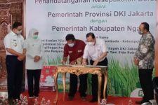 Anies Minta Ngawi Penuhi Kebutuhan Pangan Jakarta - JPNN.com Jatim
