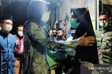 Bupati Tantri Kunjungi Keluarga Korban KRI Nanggala Asal Probolinggi - JPNN.com Jatim