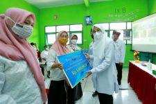 Pemkab Banyuwangi Bagi-bagi THR Buat Guru PAUD dan TK - JPNN.com Jatim