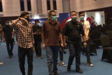 Bolak-Balik Diperingati, Kerumunan dalam Vaksinasi di Grand City Masih Terjadi, Lihat Reaksi Satgas - JPNN.com Jatim