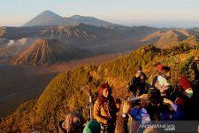 Ambil Foto dan Video di Kawasan Wisata Bromo Kini Harus Bayar - JPNN.com Jatim