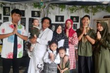 Cak Sodiq Kumpul Lebaran Bareng Dua Cucu Tercinta - JPNN.com Jatim