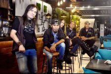 Royke Arek Band Gelar Konser Memperingati 40 Hari Tenggelamnya KRI Nanggala 402 - JPNN.com Jatim