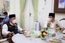 Penuhi Permintaan, Pemkot Surabaya Kirim Nakes ke Suramadu Sisi Bangkalan - JPNN.com Jatim