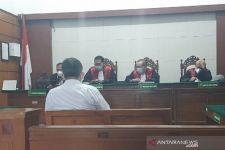 Mengaku Bos Kayu, Imam Santoso Dituntut 3 Tahun Penjara - JPNN.com Jatim