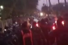 Polres Tanjung Perak Mengelak soal Penggunaan Gas Air Mata saat Kerusuhan di Suramadu - JPNN.com Jatim