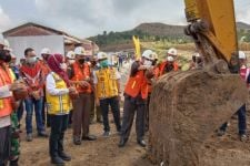 Mulai Dibangun, Proyek JLS Brumbun-Sine Tulungagung Ditargetkan Kelar Desember 2021 - JPNN.com Jatim
