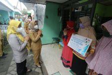 Ika Bantu Tenaga Keagamaan di Mojokerto Dapat Jaminan BPJS Ketenagakerjaan, Mantap Ning - JPNN.com Jatim