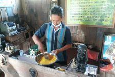 Geliat Pelaku Usaha Obat Herbal di Tengah Darurat Pandemi - JPNN.com Jatim
