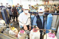 Khofifah Siap Melobi Produsen Oksigen untuk Penuhi Kebutuhan Rumah Sakit di Jawa Timur - JPNN.com Jatim