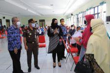 Kejari Kota Madiun Gelar Vaksinasi Massal Covid-19 - JPNN.com Jatim