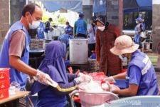 Tri Rismaharini Arahkan Jajaran Kemensos Perluas Cakupan Dapur Umum - JPNN.com Jatim