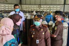 Kejari Magetan Bantu Penuhi Pasokan Oksigen di RSUD Sayidiman - JPNN.com Jatim