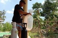 Tabung Oksigen Palsu Beredar di Tulungagung, Pedagang Ikan Hias Dibuat Rugi - JPNN.com Jatim