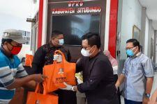 DPRD Situbondo Patungan Beli Sembako untuk Warga Terdampak PPKM Darurat - JPNN.com Jatim