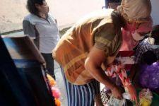Pemkot Madiun Bagikan Sejumlah Bantuan Sosial kepada Warga Terdampak Covid-19 - JPNN.com Jatim