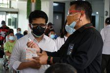 Ikut Vaksinasi Massal di SIER Surabaya, Pulang-Pulang Dapat Es Krim - JPNN.com Jatim